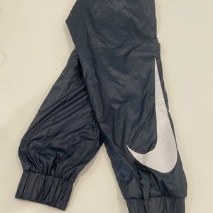 Nike Swoop Track pants. Medium. EUC
